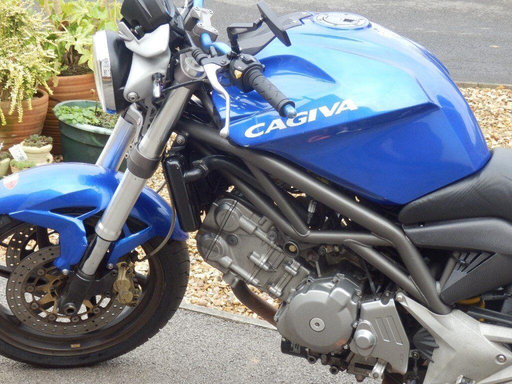 cagiva raptor 650 cafe racer id es d 39 image de moto. Black Bedroom Furniture Sets. Home Design Ideas
