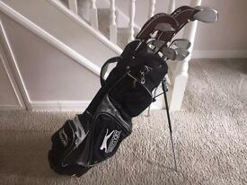 Slazenger golf bag and Ben Sayers mx7 clubs