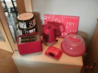 Matching Red Kitchen Items (very good condition )
