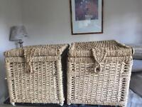 Two baskets with hinged lids