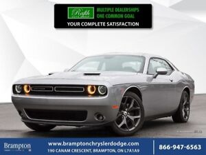 2017 Dodge Challenger SXT |