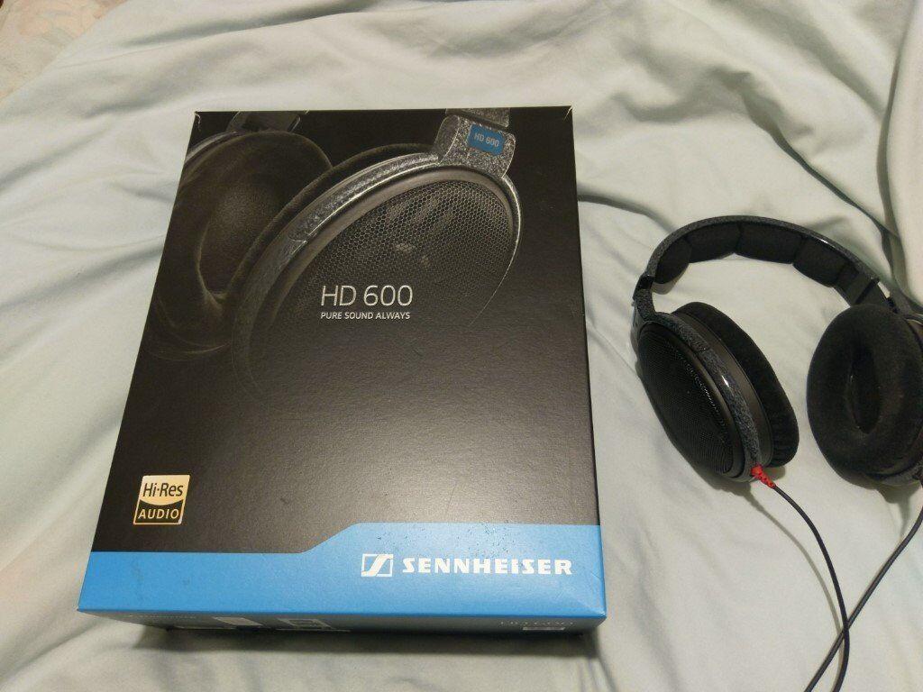 Sennheiser HD600 Audiophile headphones AS NEW