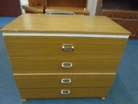 4 drawer chest of drawers.