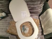 Brand new toilet seats x2