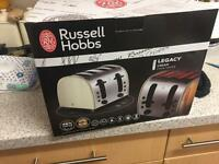 New in box Russell Hobbs 4 slice toaster