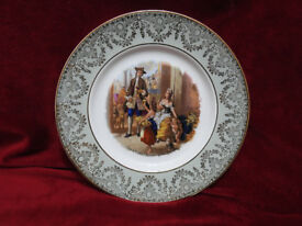2 DECORATIVE PLATES