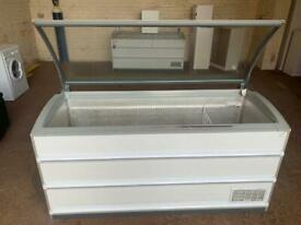 Novum chest freezer 1.7 meter long for sale fully working order