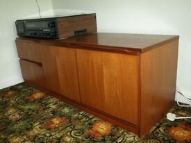 LOUNGE LOW CABINET