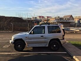 **Mitsubishi SHOGUN 3dr SWB 2.8TD 4WD Flared Arches 1998 - Excellent for winter!**