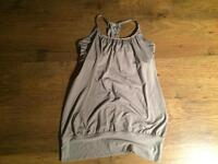 Lululemon Size 8 Tank Top with Bra
