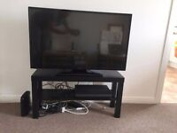 Barely used Hitachi 42 Inch Full HD Freeview HD Smart TV for sale