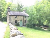 Charming traditional Welsh stone riverside cottage, nr. Betws Y Coed, Snowdonia N. Wales Sleeps 4