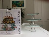 BRAND NEW 3 tier glass cake stand