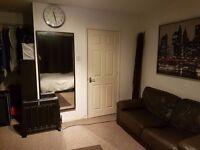 A fabulous En-suit room in the Heart of Milton Keynes.