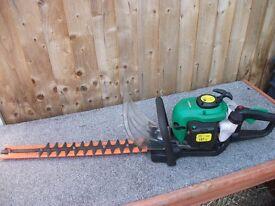 Garden line hedge cutters