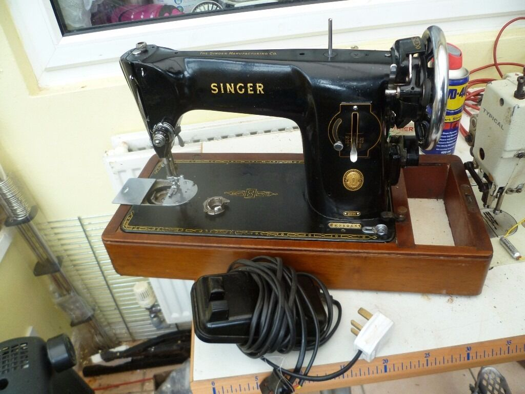 201 Singer SEMI INDUSTRIAL Sewing Machine(IDEAL FOR THICK FABRICS)1955in Southmead, BristolGumtree - Electric Singer semi industrial sewing machine Model 201K Ideal for sewing Thick and thin material like Leather, silk etc. Selling for spares or repair bobbin case needs attention No case Please see pics for more detail as they form part of the...