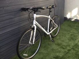 SPECIALIZED SIRRUS SPORT ADULT HYBRID BIKE IN EXCELLENT CONDITION
