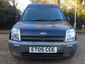FORD TRANSIT CONNECT2005 -HIROOF-87000 MILES-ONE OWNER-FULL SERVICE HISTORY
