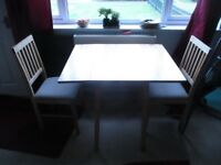 Light Wood Extending Dining table & 2 Chairs