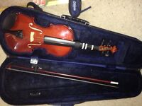 Full size violin perfect for students