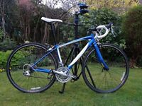 Specialized Dolce, Women's racing B. Mint condition, As New, hardly used. F size 48 cm, Wheels 700c