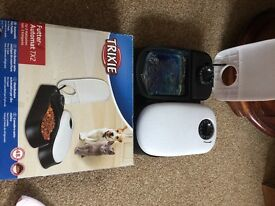 TRIXIE automatic pet feeder. New