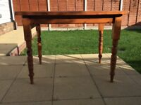 Small Victorian pine table with renovated drawer