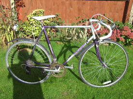 RALEIGH SCORPIO ROAD BIKE ONE OF MANY QUALITY BICYCLES FOR SALE