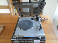 Turntable (record player)