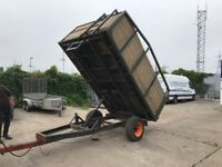 Muck tipping trailer