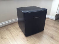 russell hobbs black table top freezer
