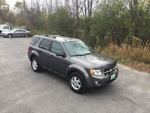 2012 Ford Escape XLT. Like New Front Wheel Drive
