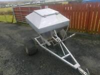 Quad atv sheep snacker feeder drum type tractor