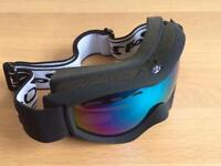 Rayzor ski and snowboarding goggles black with blue lens
