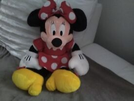 Large Minnie mouse Disney collectable