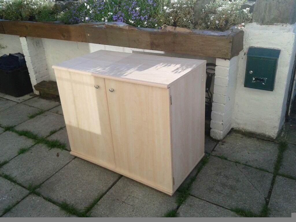 Computer deskin Merthyr TydfilGumtree - Computer desk / tv unith in great condition very cheap only 25 £