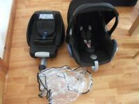 MAXI COSI CAR SEAT AND ISOFIX BASE + COVER