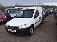 2006 VAUXHALL COMBO 1300 cc SIDE LOADER HUGH ROLL ON ROOF RACK LOVELY DRIVER MOT READY FOR WORK PX