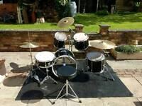 Pearl / Mapex custom drum kit. Cymbals. High quality Birth.