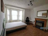 1 bedroom in Lilford House, London, SE5 (#1050345)