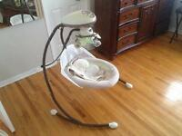 Fisher Price snugabunny swing/balancoire