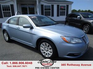 2012 Chrysler 200 LX $119.47 BI WEEKLY!!!