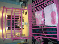 girls single pink metal frame bed(can deliver if needed hull & outskirts)