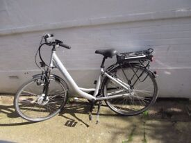 Lindsey West electric bicycle L-W 429