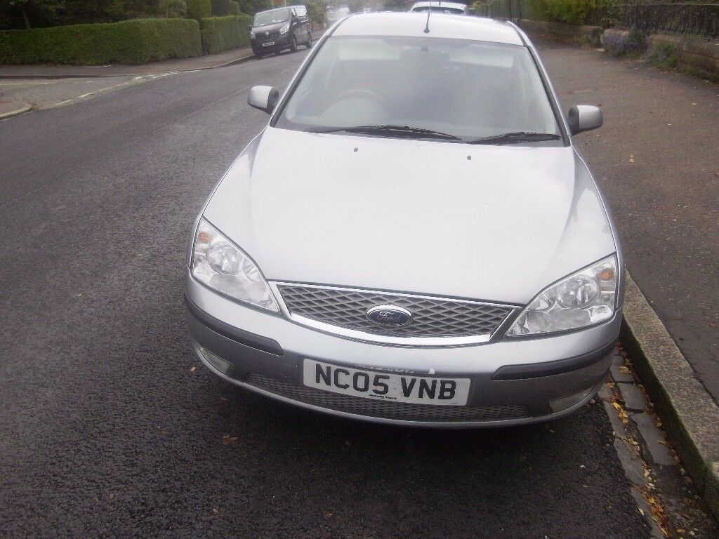 Ford mondeo 1.8 lx low mileage full service history