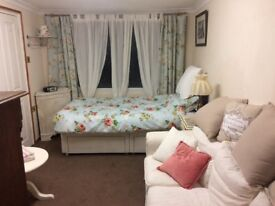 Good Size Cosy Furnished Room