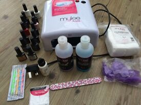 Full gel nail kit with lamp for beautiful long lasting nails