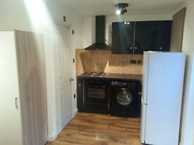 ***NICE STUDIO AVAILABLE NOW IN PALMERS GREEN!