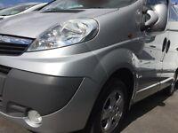 Superb Vauxhall Vivaro 2.0 CDTi SPORTIVE Panel Van 4dr -Silver, Alloys, Air Con, Bluetooth