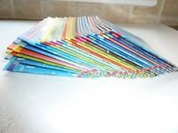 Set of 24 Usborne pocket science books. Small size. See detail in photos.